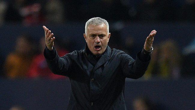 Jose Mourinho merasa tersanjung mendengar kabar bahwa Inter Milan dan Real Madrid ingin menggunakan jasanya