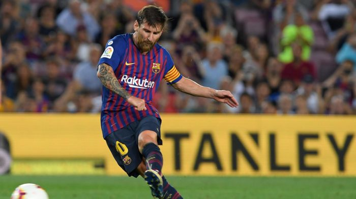 Pelatih Lyon Siap Matikan Pergerakan Messi