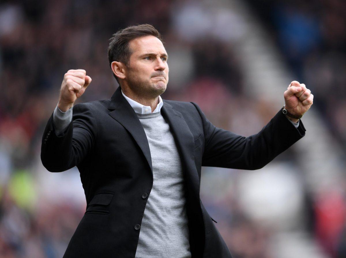 Lampard Cocok Gantikan Sarri di Chelsea