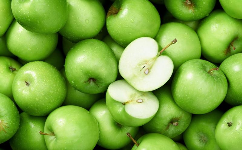 Dampak Baik Konsumsi Apel Hijau Bagi Kesehatan Tubuh