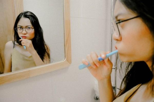 Beberapa Kesalahan Sering Dilakukan Semua Orang Saat Gosok Gigi