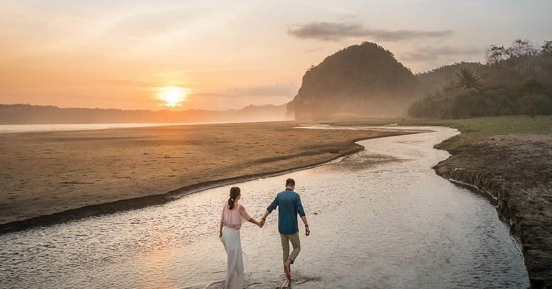 Manfaat Jalan Kaki Di Pantai Bagi Kesehatan Fisik dan Mental