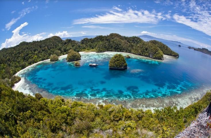 Keindahan Bawah Laut Kunci Pariwisata Berkelanjutan di Indonesia